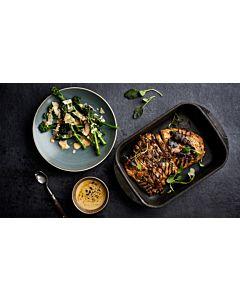 Resepti-Kinkkulankku, broccoliinia ja maapähkinäkastiketta