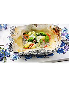 Resepti-Siikaa ja kesäkasviksia folionyytissä